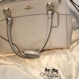 Coach purse new condition